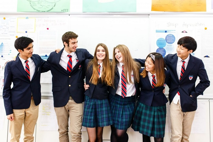 Đồng phục mang một vai trò quan trọng đối với nhà trường