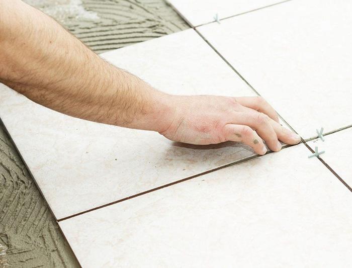 Keo dán gạch được sử dụng trong công trình xây dựng