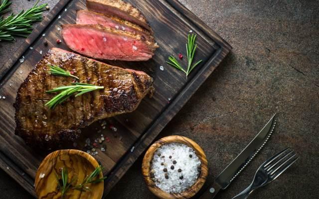 steak trong thực đơn nhà hàng